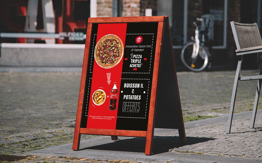 Chevalet Promotion Carry Out Delivery Pizza Hut