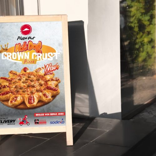 Chevalet Crown Crust Pizza Hut